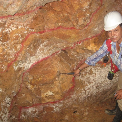 Chavarria Mine – underground sampling